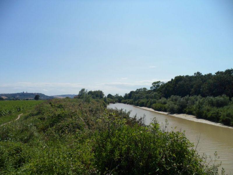 Catalogo poi appasseggio la cultura della passeggiata for Cabine sul bordo del fiume